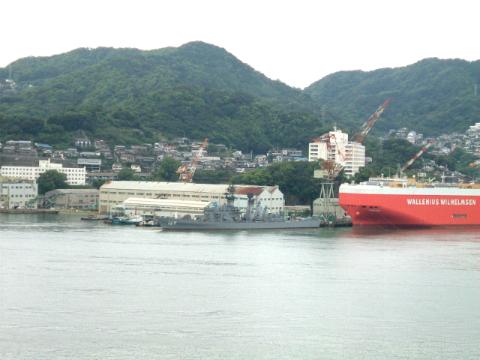 グラバー園からの眺め、三菱重工業等の造船所など