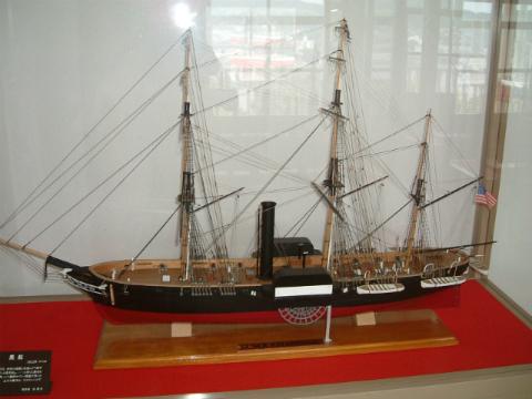 グラバー園に展示されている黒船の模型
