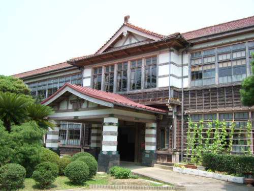 萩市立明倫小学校