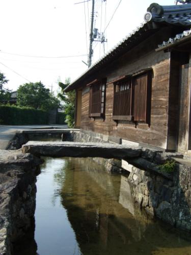 旧湯川家屋敷入口
