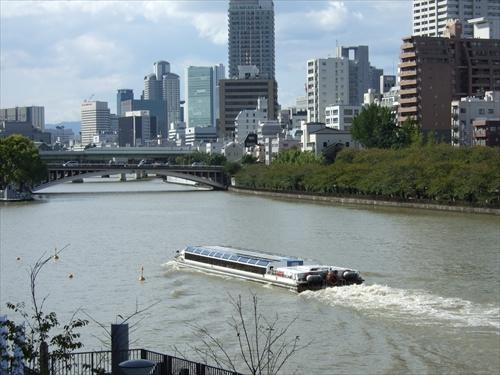 天満橋発の水上バス
