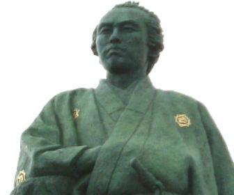 高知桂浜の坂本龍馬像