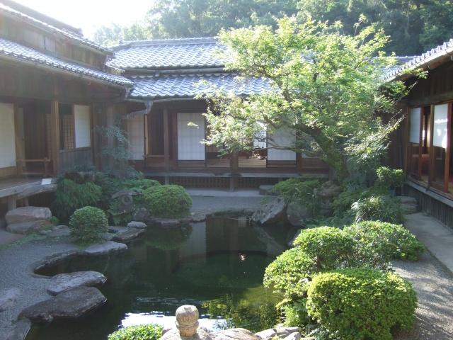 「仙巌園」磯御殿の中庭