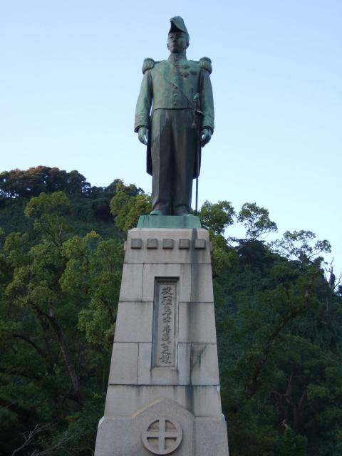 照国神社の島津忠義像